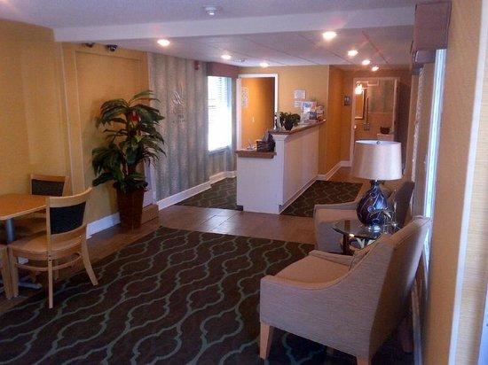 Quality Inn St. Helena : Lobby