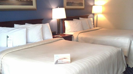 Quality Inn St. Helena: Two Double Beds- Two Queen Beds