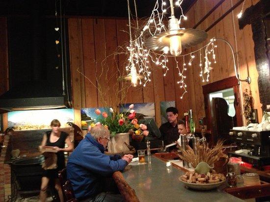 Full of Life Flatbread: L'interno. Simpatico mangiare al bancone!