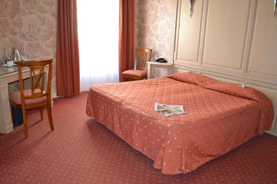 Grand Hotel du Luxembourg: chambre hotel luxembourg bayeux