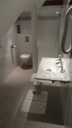 Emmebuckel : bathroom