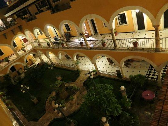 Caribe Hotel  |  Calle 59, Merida 97000, Mexico