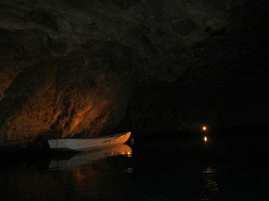 Lac Souterrain, St-Leonard- Day Tours: Lac souterrain St.-Léonard