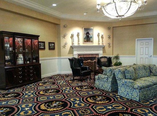 Wyndham Gettysburg: The Lobby