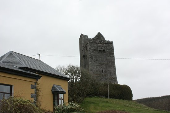Ballinalacken Castle Country House: Castle on grounds