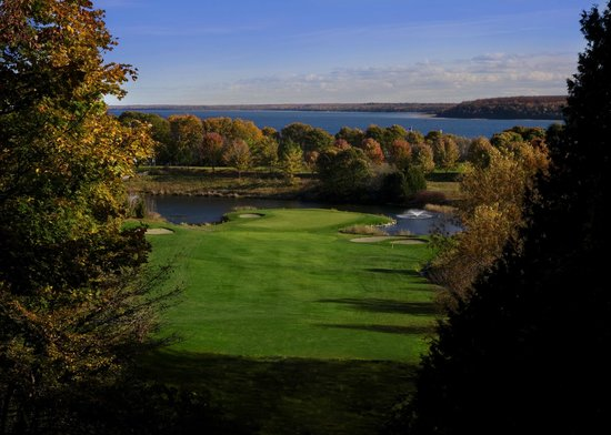 The Jewel at the Grand Hotel: 18-hole golf course looking out to the Straits of Mackinac