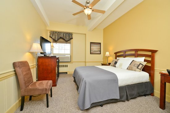 Genetti Hotel - Williamsport: Queen