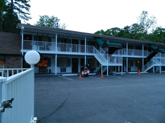 Days Inn Eureka Springs: Exterior