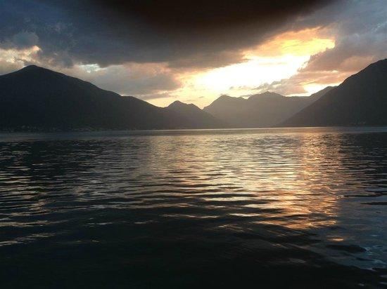 Vila PM: Sunset in Dobrota, Kotor