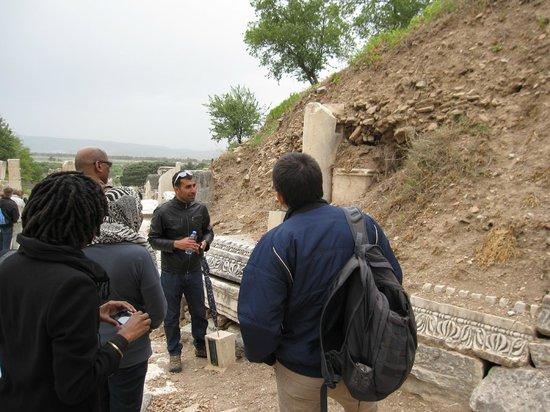 Apasas Tours : Nizam explaining re some ruins in Ephesus