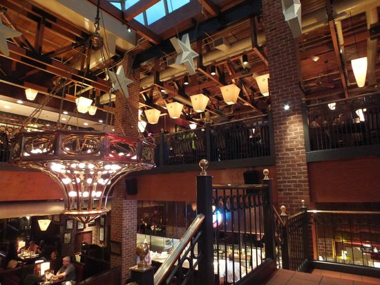 Spezielle atmosph re im restaurant picture of mike 39 s american grill springfield tripadvisor - American grill restaurant ...