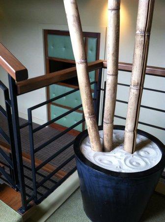 Inn Walden: Stairway in the Spa