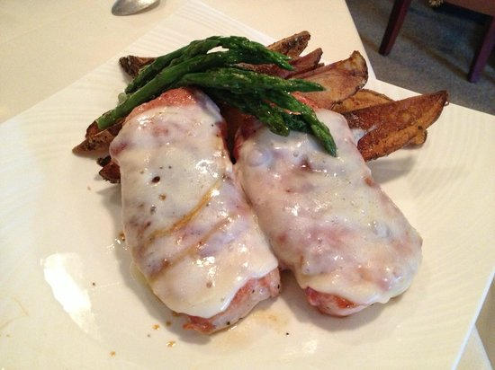 Cameron's Restaurant: Pork with Prosciutto