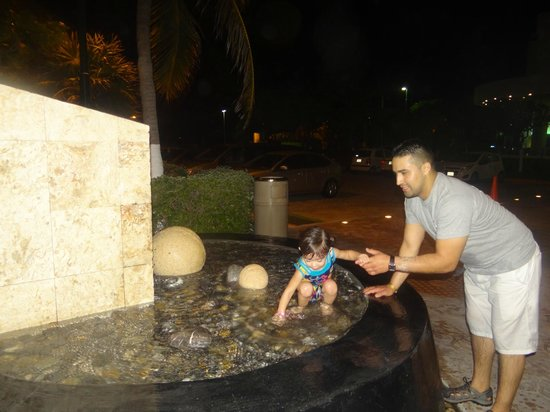 Park Royal Cancun: playing infront of our building