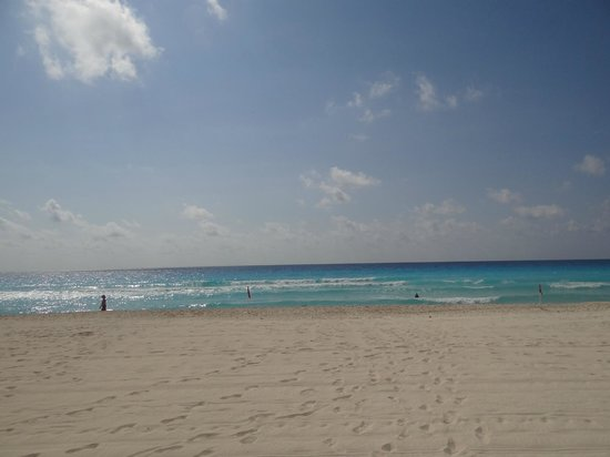 Park Royal Cancun: not crowded at all