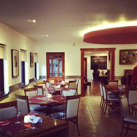 La Strada: Restaurant view with a welcoming atmosphere