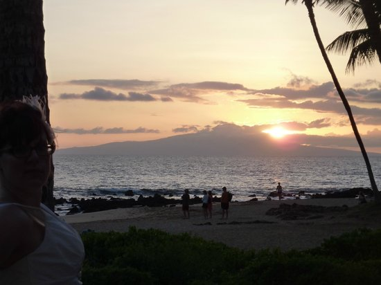 Pineapple Inn: View from Kihei beach