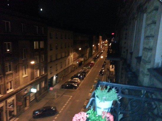 Poco Loco Hostel : Smoking Balcony!