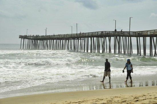 Econo Lodge on the Ocean: Fishing Pier