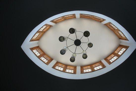 Palais Amani : magnifique plafond en formle d'oeil