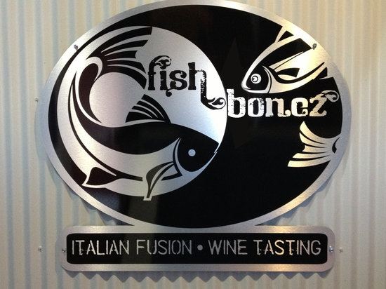 Fish Bonez: getlstd_property_photo