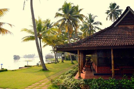 Kayaloram Heritage Lake Resort: Relaxing......