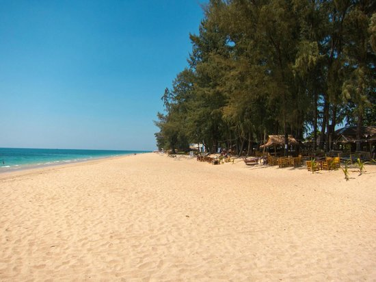 Lantawadee Resort & Spa: Beach Area 5 minutes way from the resort