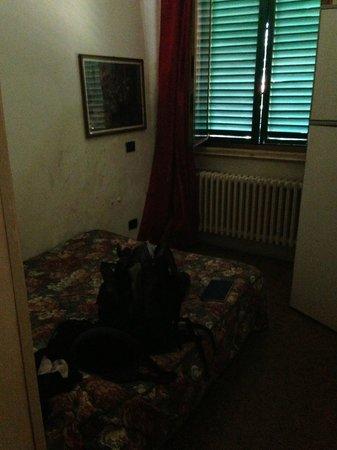 Garibaldi's Relais: smelly bedroom