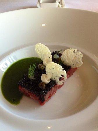 La Mer -  L'Aperitif: Steak Tartare with Caviar
