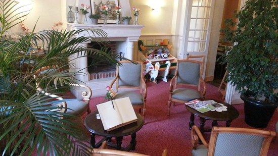 Hotel Rabelais: hall d'entrée