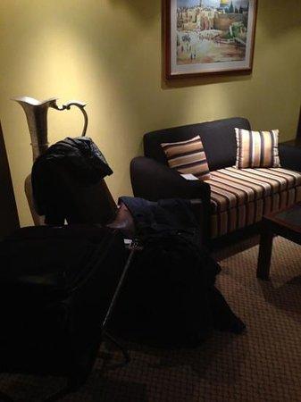 Olive Tree Hotel : sumiu dinheiro de 2 quartos!