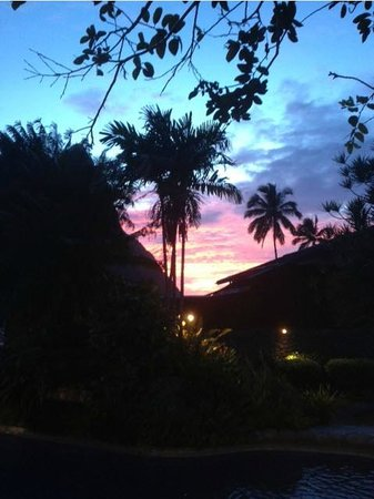 Ladera Resort: view from the bar/lounge area