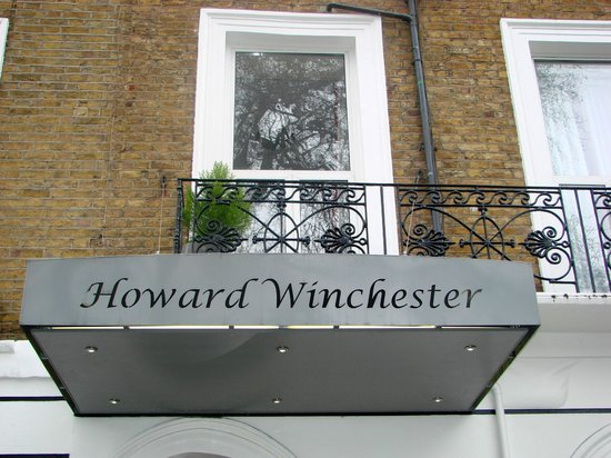 Howard Winchester Hotel: exterior detail