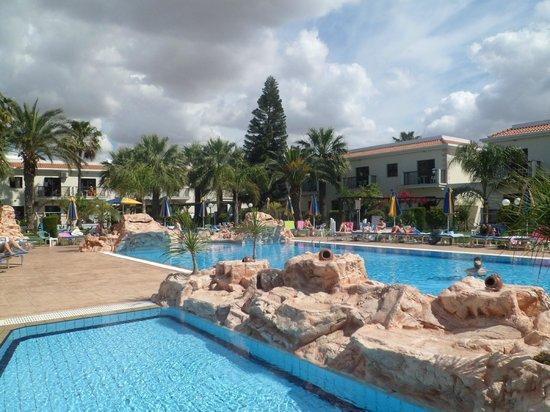 Loutsiana Hotel Apts : Pool