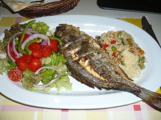 Restaurant Anna: poisson frais grillé à prix trés très raisonnable