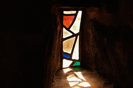 Riber Hall: Window in Room 8