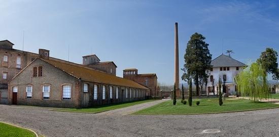 Cau Faluga: Antes era una fabrica textil...