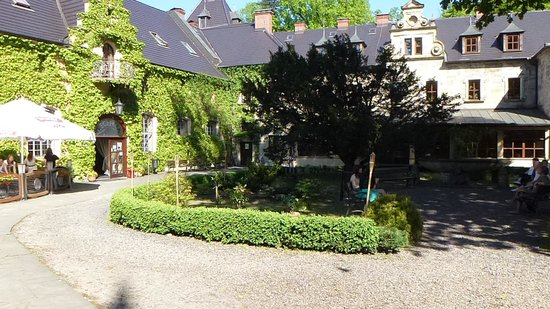 Zamek Kliczkow Centrum Konferencyjno-Wypoczynkowe: Courtyard