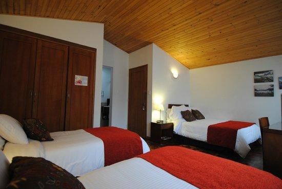 Hotel La Mansion: Habitación familiar/triple