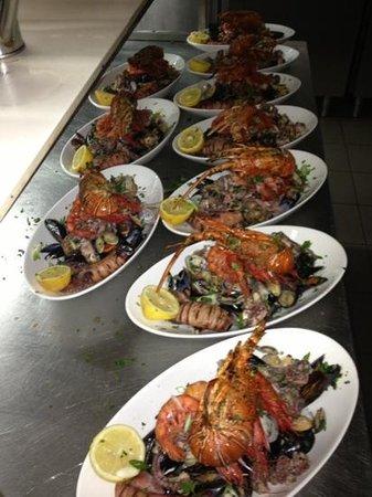 Gente di Mare: shelf fish platter