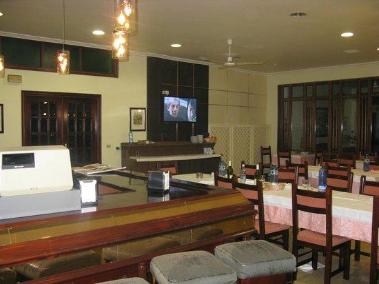 San Juan II: Restaurante.