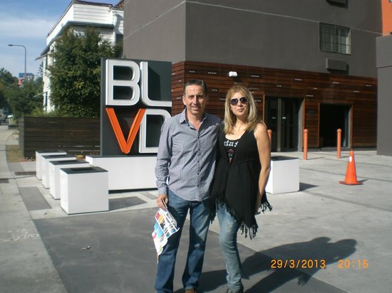 BLVD Hotel & Suites: Hotel