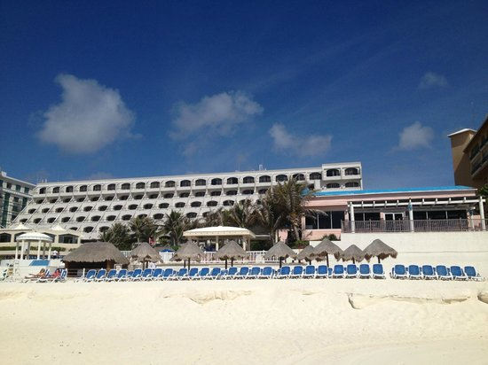 Golden Parnassus All Inclusive Resort & Spa Cancun: View from the beach.