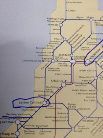 Fletcher Hotel-Restaurant Leidschendam-Den Haag: Map of NS train System Den Haag Mariahoeve is closest station