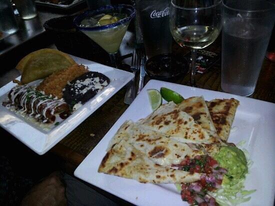 shrimp quesadilla with excellent guacamole