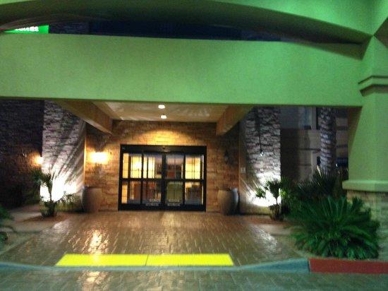 La Quinta Inn & Suites Las Vegas Airport South: entrance