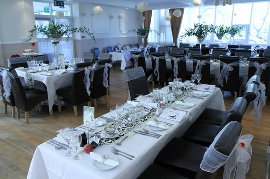 Cuisle Holiday Centre : THE DINING ROOM!