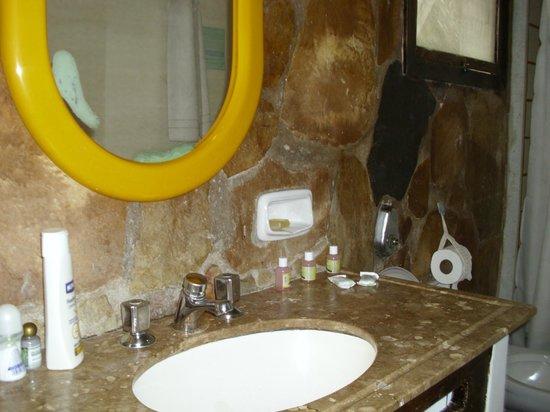 Hotel Mandragora : baño