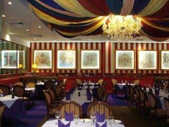 Paris Casino: Our elegant 'le Cap' Restaurant