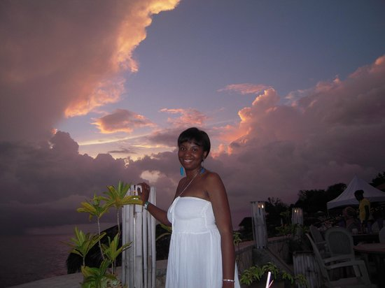 White Sands Negril: Sunset @ Catcha Falling Star